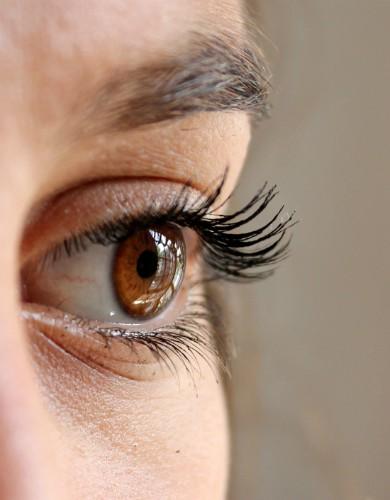 Should I Wax or Pluck My Eyebrows? | Primera Orlando